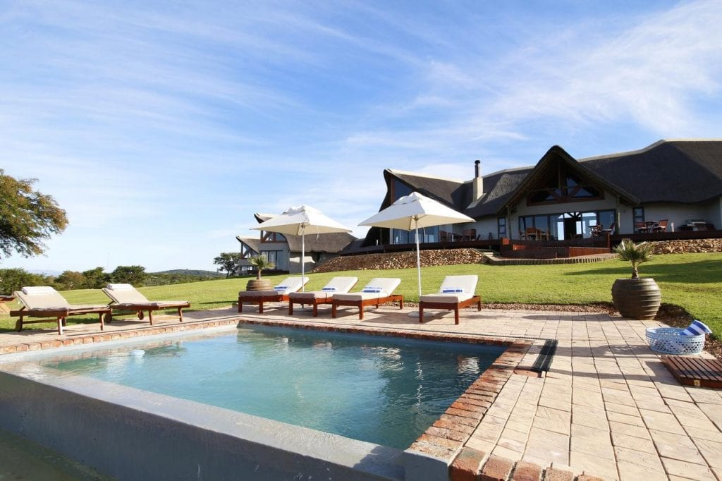 Big Cat Safaris - Jbay Zebra Lodge